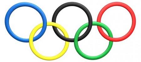 De olympiska ringarna har varit en symbol för OS sedan 1914. De fem ringarna representerar fem världsdelar.