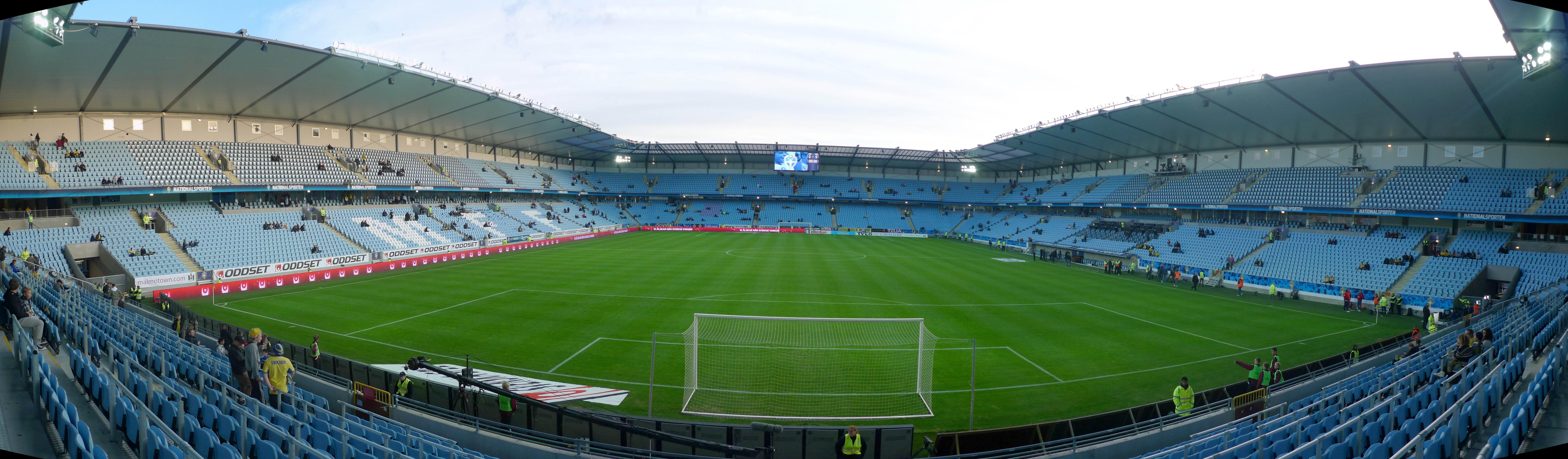 Sedan 2009 spelar Malmö FF på Swedbank arena.