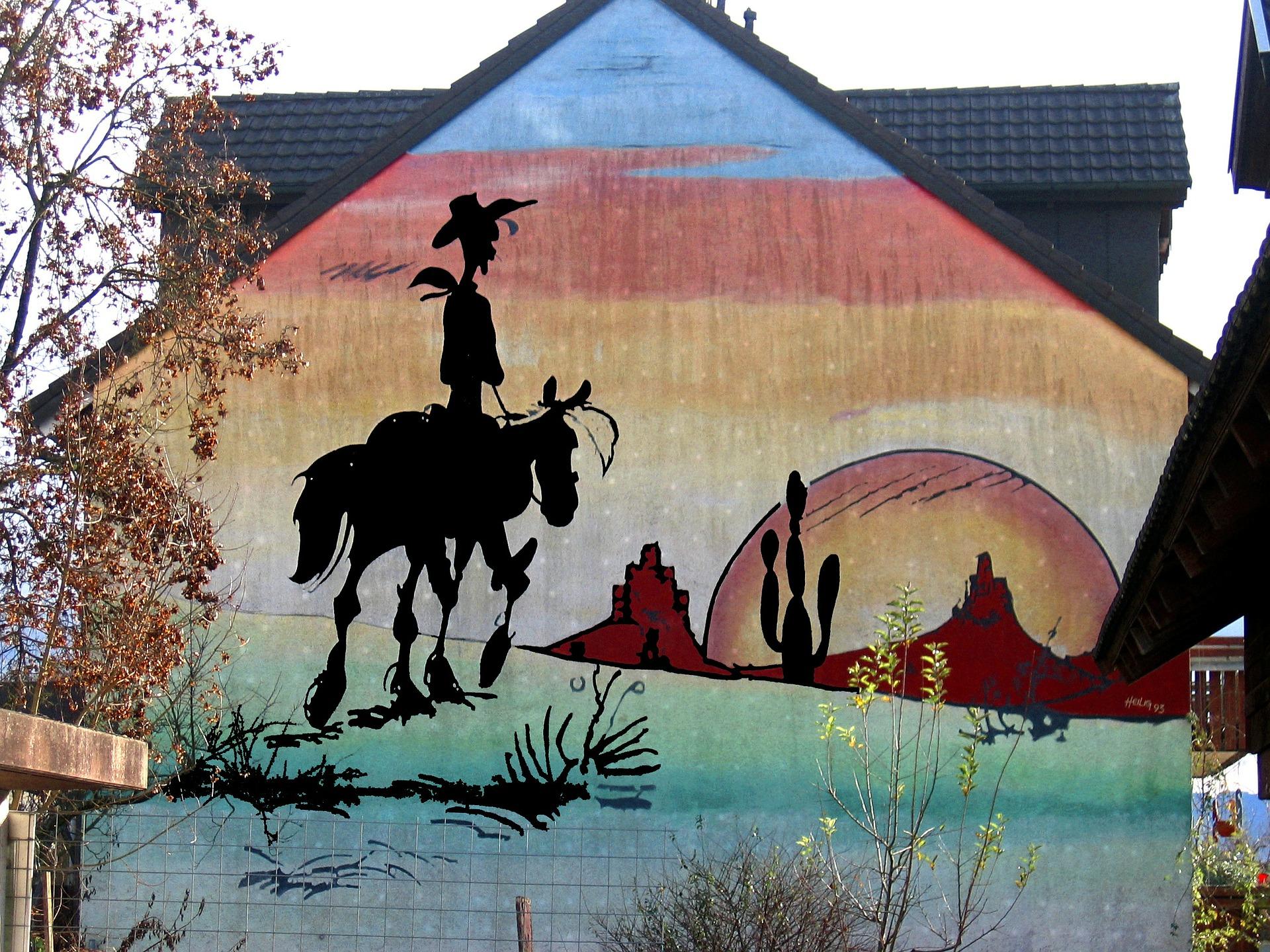 En husmålning som föreställer sheriffen och cowboyen Lucky Luke.