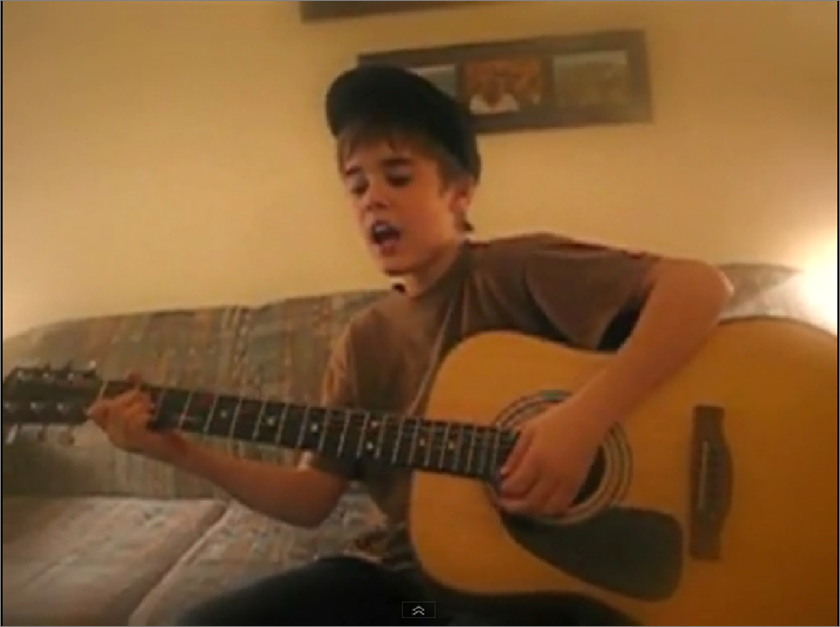 Justin Bieber visade tidigt talang för musiken.