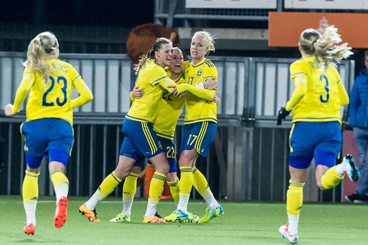 Sveriges damer em klara