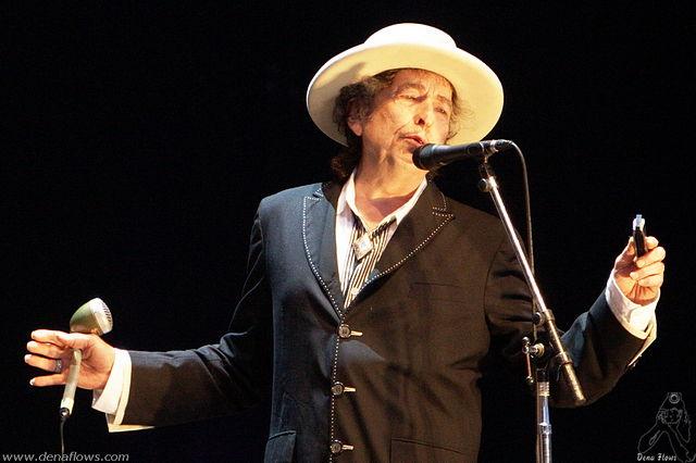 Idag är Bob Dylan 75 år gammal.