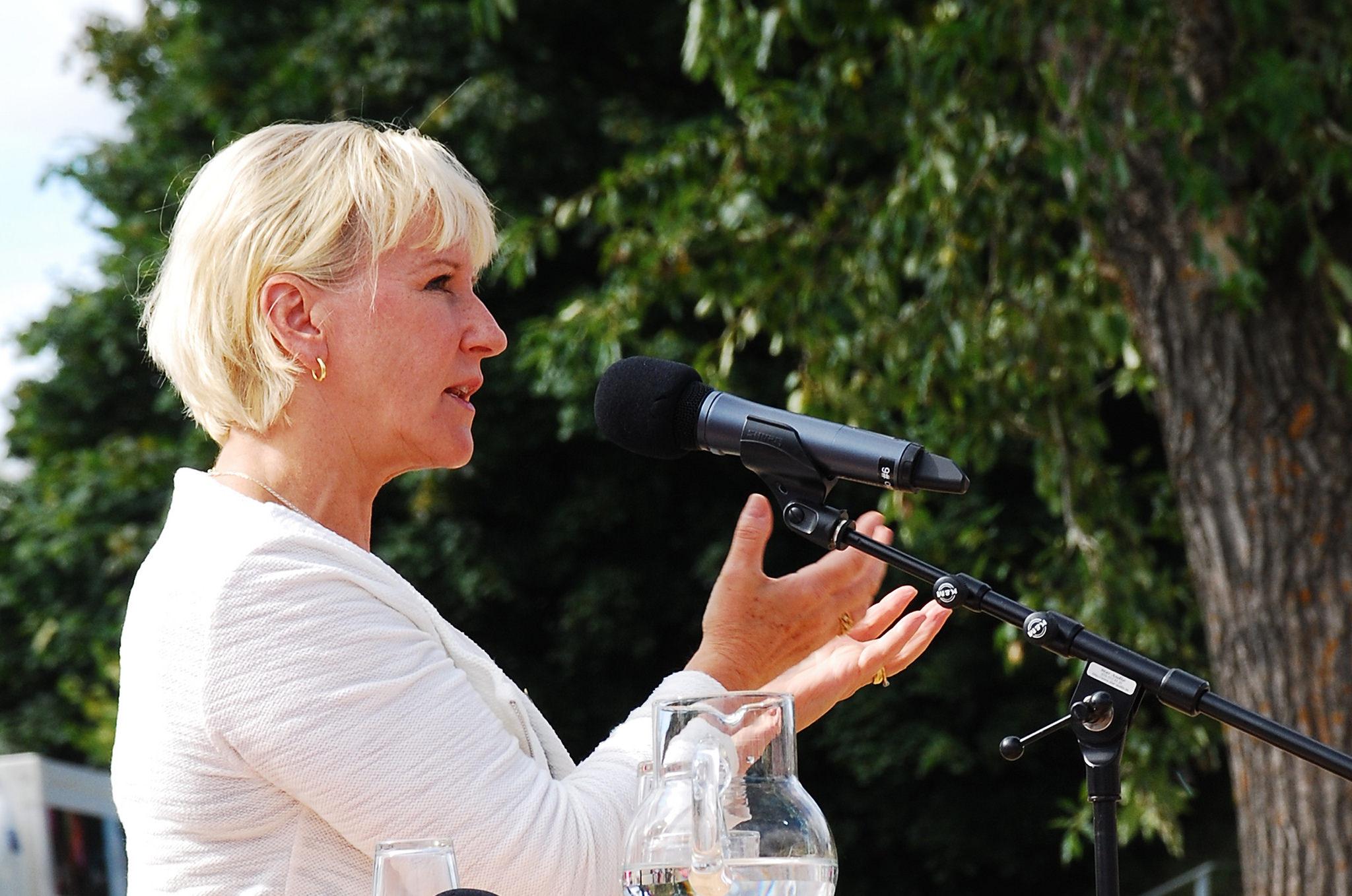 Margot Wallström är Sveriges utrikesminister. Hon blev glad när Sverige kom in i FN:s säkerhetsråd.