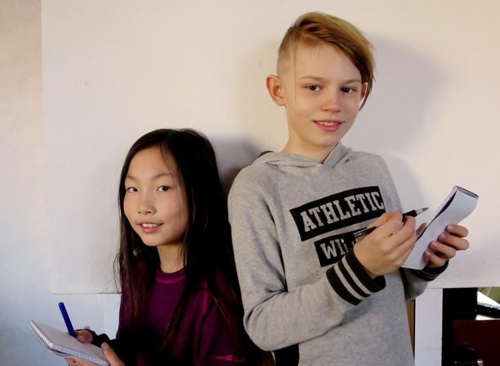 Alma och Isak som minireportrar