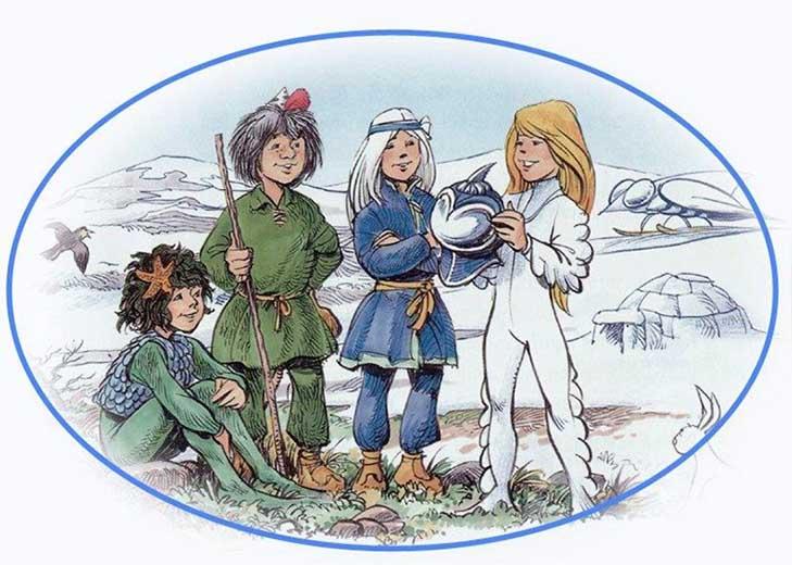 Tecknad bild av Mulle och hans vänner. längst till vänster sitter en figur i blågröna kläder, sedan står Skogsmulle bredvid en figår i blåa kläder och långt hår. Längst till höger står en figur i helt vi dräkt och långt ljust hår.