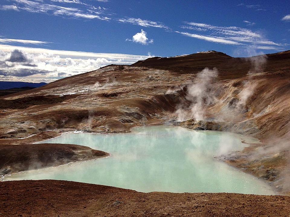 En varm källa på Island