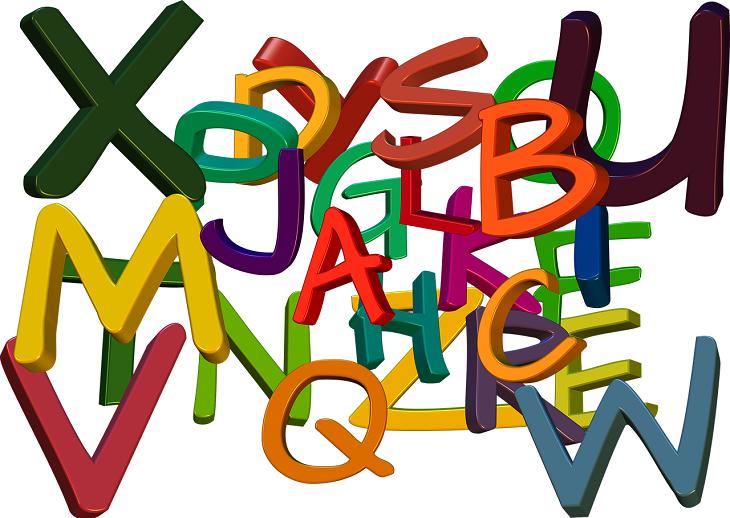 Massa olika bokstäver i olika färger.