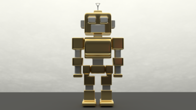 En gyllene robot står rakt