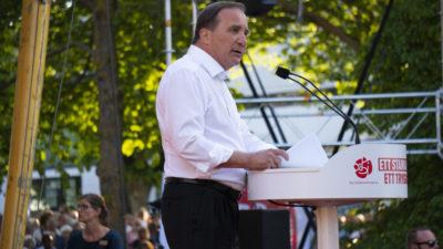 Stefan Löfven håller tal