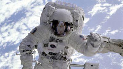 En Austronat i rymden