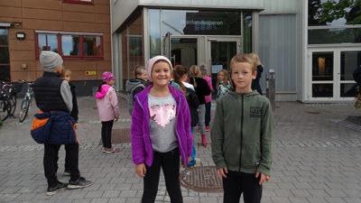 FLÄSARBILD. Elever från Hagaskolan har varit på operan.oto från Norrlandsoperan.