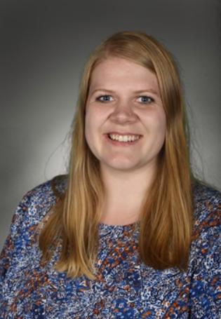 Porträttbild på läraren Fanny Hjortsfeldt