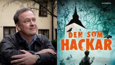 Författaren Tomas Halling bredvid boken den som hackar
