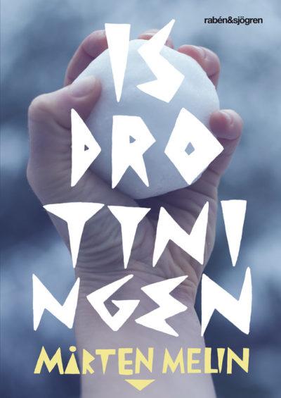 en hand med en snöboll i