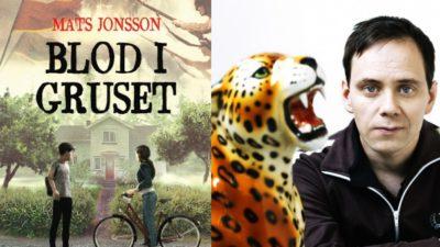 Mats Johansson bredvid boken Blod i Gruset