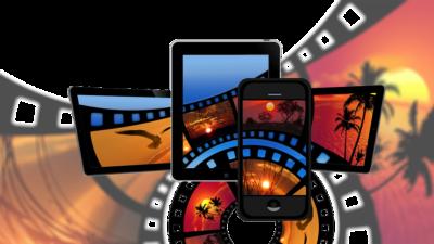 Olika skärmar i olika storlekar med motiv av filmrullar på dem