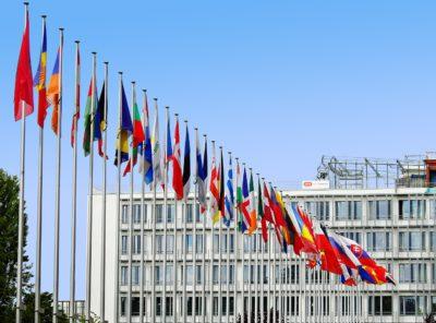 Europeiska flaggor på rad