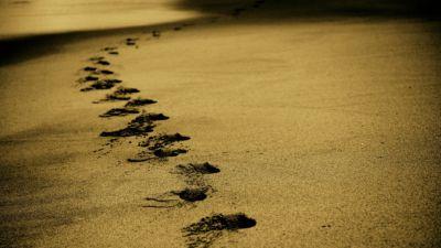 Fotspår i sanden