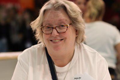 Porträttbild på Ann Östman.