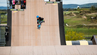 Gui Khury åker skateboard