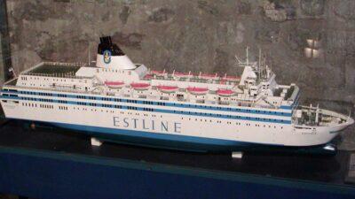 Modell av fartyget Estonia