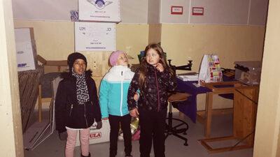 Elever i Mariehemsskolans källare.