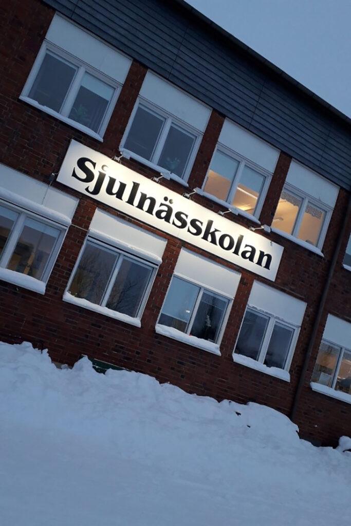 Foto på Sjunlässkolan.