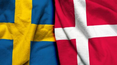 Svenska och danska flaggan