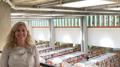 Evelina Mibesjö är kommunikatör vid Folkbiblioteken i Lund